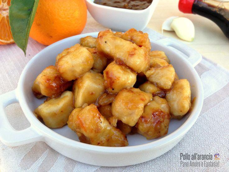 La semplice ricetta del pollo all'arancia, un classico della cucina orientale rinomato in tutto il mondo. Una salsa agrodolce cui è impossibile resistere.