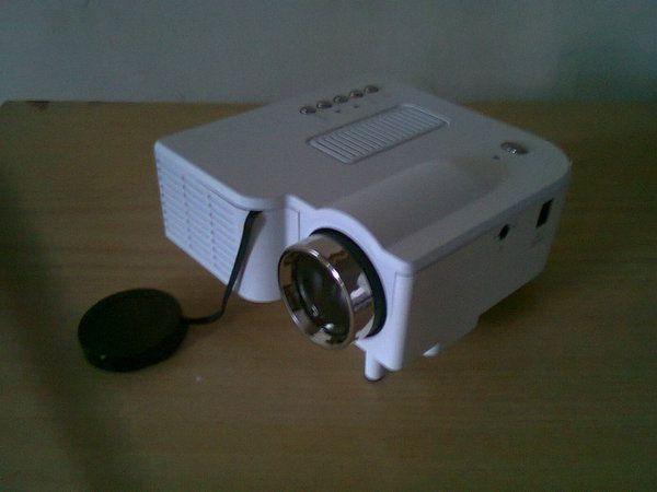 Mini Projector LED HDMI