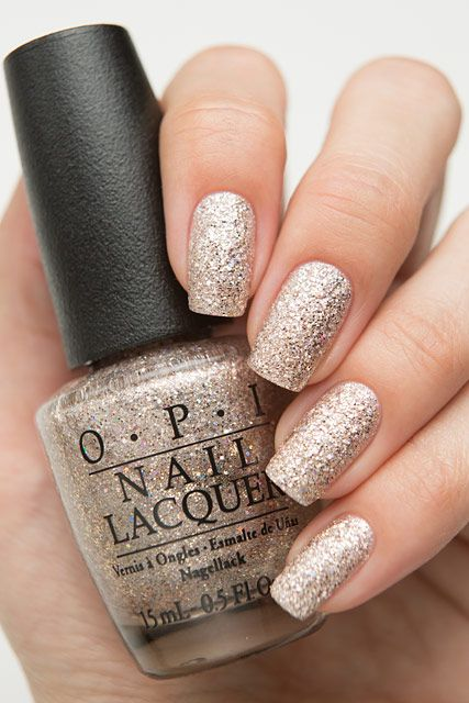 OPI Ce-less-tial is More HRG46 / OPI Starlight Collection Holiday 2015