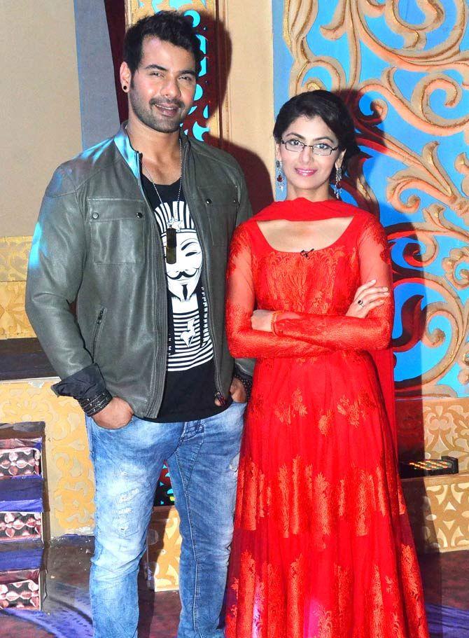 Shabbir Ahluwalia and Sriti Jha on the sets of 'Kumkum ...