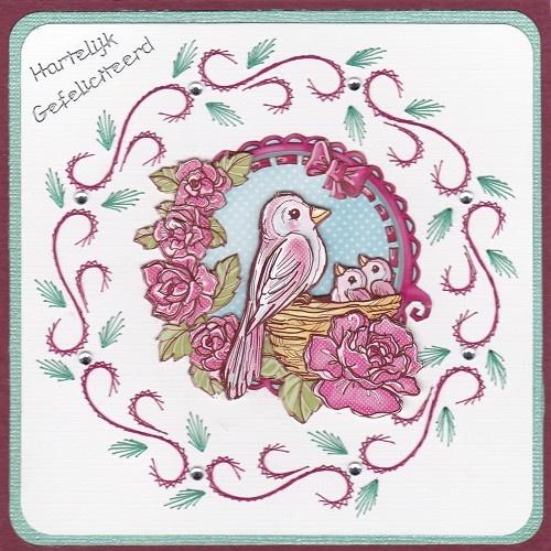 Voorbeeldkaart - een vogel gezin - Categorie: Borduren - Hobbyjournaal uw hobby website