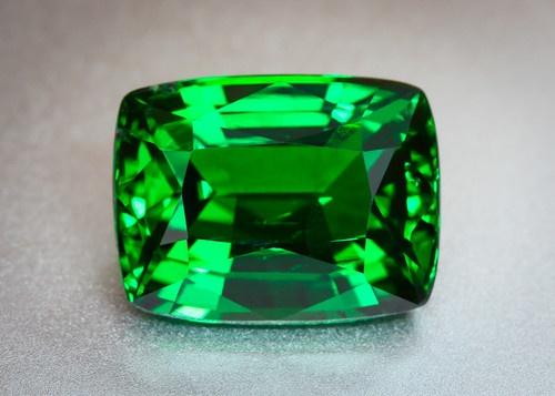 GRS Certified VIVID CHROME GREEN TSAVORITE Garnet - 4ct Cushion -Clean Green Gem