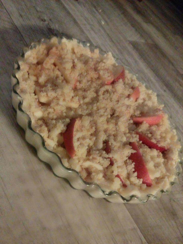Namsk! Leivottii eilen omenapiirakkaa :)