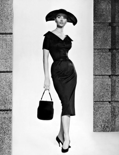 Sophia Loren, 1957 #styleicon and #modcloth Her hips look amazing in this!