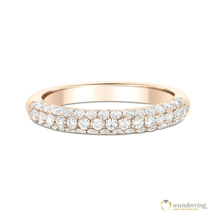 54 Diamanten funkeln auf dem Ehering aus Roségold. Carolina Nr 3, 750er / 18 Karat Gold von wunderring® Jetzt als Musterrring testen! #Diamantring #Hochzeit #Ehering