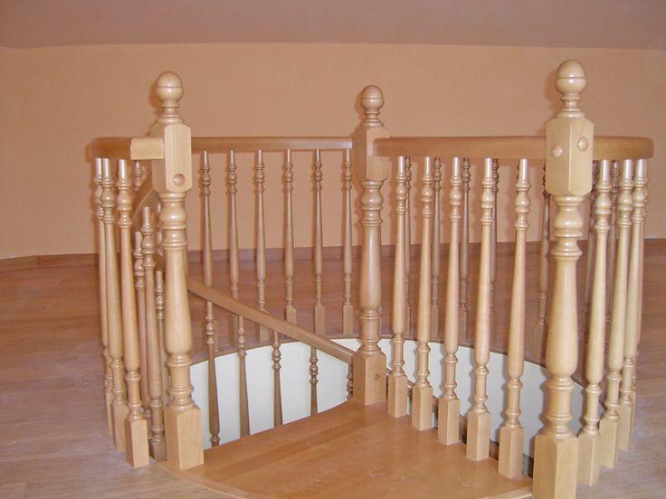 Las 25 mejores ideas sobre pasamanos de la escalera de - Escaleras de caracol de madera ...