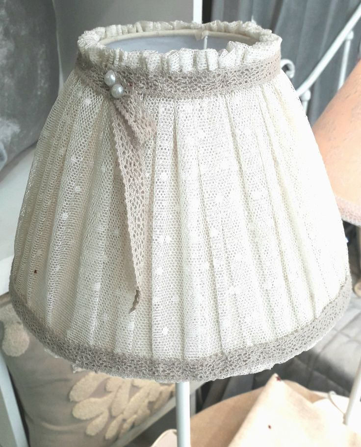 Shabby chic lampshade with lace