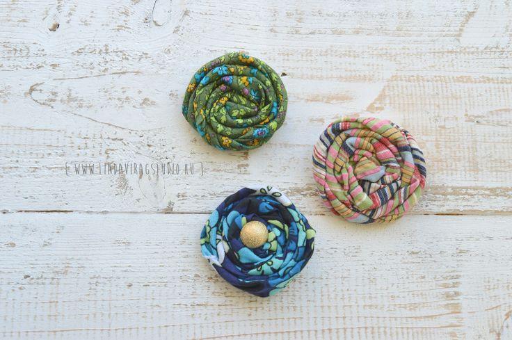 Simple rosette pins