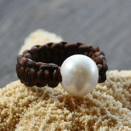 Such a great little pearl and leather ring.