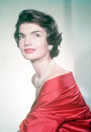 Style icons - Jacqueline Bouvier Kennedy Onassis - jackie kennedy style in red dress.jpg