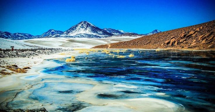 ¿Quién dijo que los desiertos eran aburridos? Río Putana, cerca del poblado de Machuca, San Pedro de Atacama.
