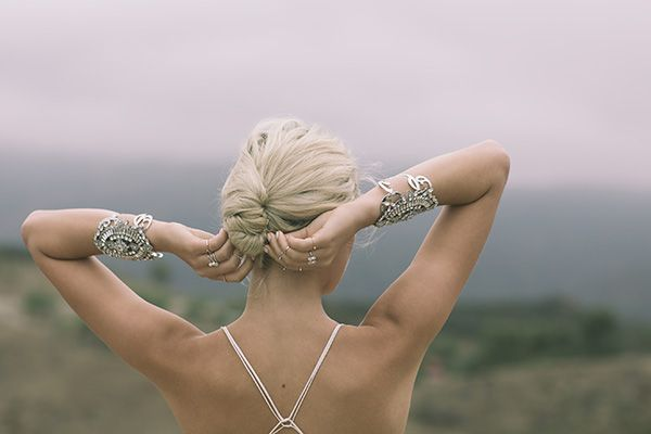 Hello May. Bridal Jewellery. SAMANTHA WILLS: SIMPLE OPULENCE