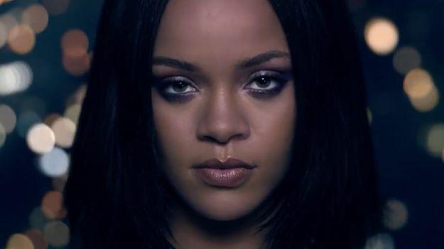 News Videos & more -  Music News - Rihanna Risks Her Life In Kendrick Lamar's 'Loyalty' Video -  #MTV  #News #Music #Videos #News Check more at http://rockstarseo.ca/music-news-rihanna-risks-her-life-in-kendrick-lamars-loyalty-video-mtv-news/