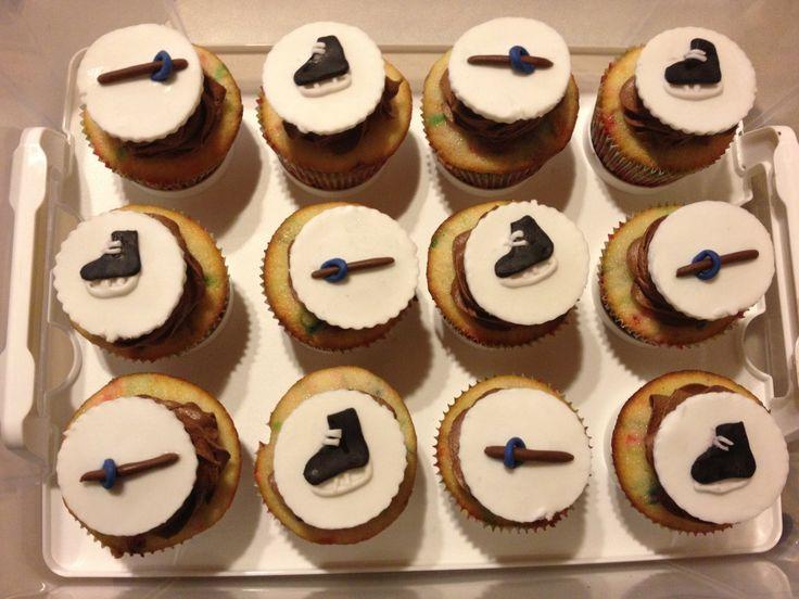 Ringette cupcakes