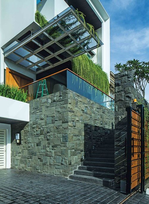 ENTRY STAIR architect by Julio Julianto