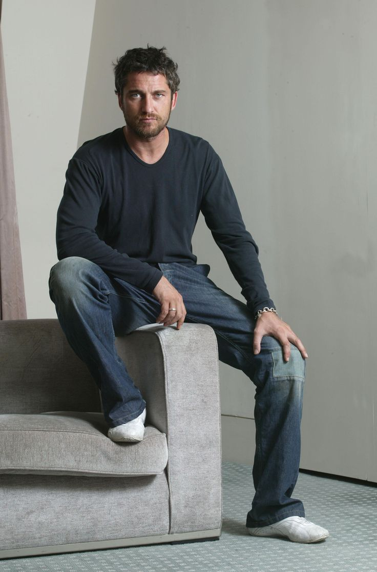 Gerard Butler........now if I could just listen to him talk forever.
