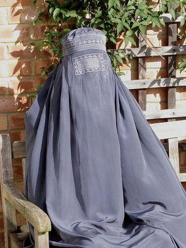 1203 | Burqa in the garden | 2029 | Flickr