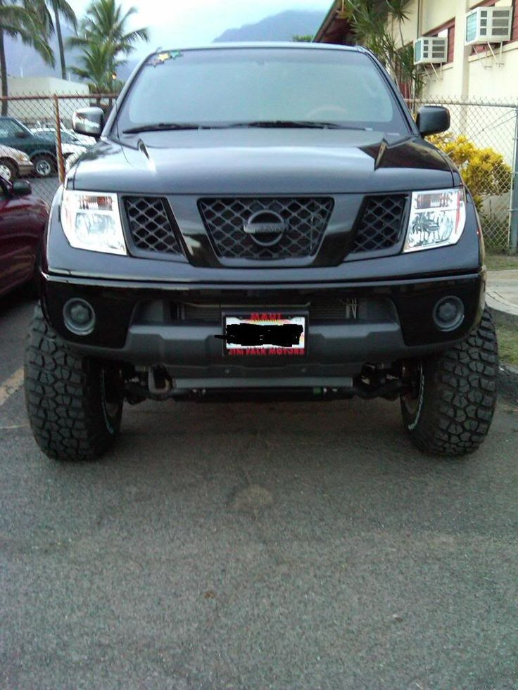 Nissan frontier blacked out / NISSAN Frontier 2009-Present - huge collection of cars, auto news and reviews, car vitals, photos, videos | Car Rental St Cloud, Car Repairs