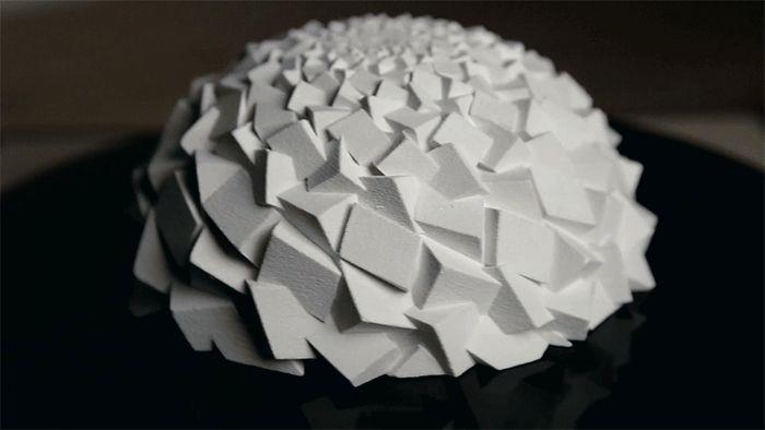 Fascinating 3D-Printed Fibonacci Zoetrope Sculpturesby