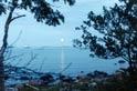 Pihlajasaari on entinen huvilasaari, joka on nykyisin helsinkiläisten monipuolinen ulkoilualue.
