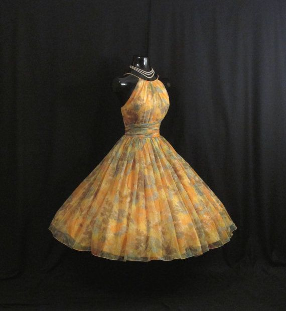 Saks Fifth Avenue Wedding Gowns: 1000+ Images About Vintage Fashion On Pinterest