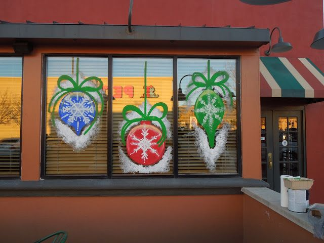 Simple Storefront Painting Decor For Christmas