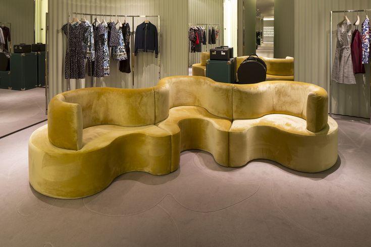 CloverLeaf sofa, design Verner Panton, by Verpan, in new colors for Prada