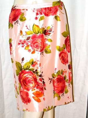 got this used silk floral skirt for a fraction of price to enjoy it while nice weather lasts.