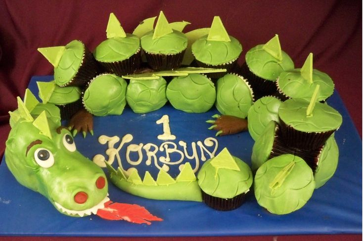 dragon cup cakes