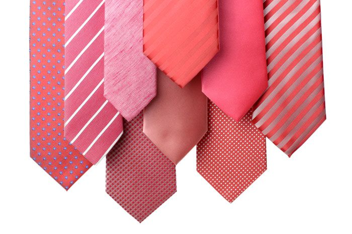 All the shades of coral groomsmen accessories you can imagine! Find the neckwear that is right for you.