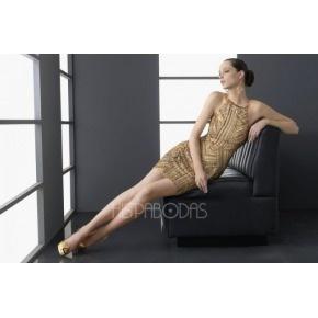 La firma Aire Barcelona nos propone una colección de vestidos de fiesta cortos muy variada, con sutiles diseños y modelos altamente recomendables!
