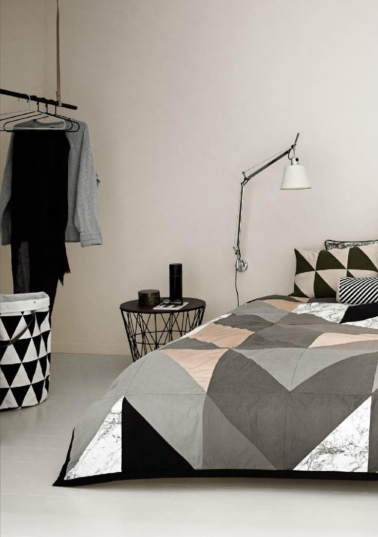 linge de lit ferm living motifs graphiques et une vraie. Black Bedroom Furniture Sets. Home Design Ideas