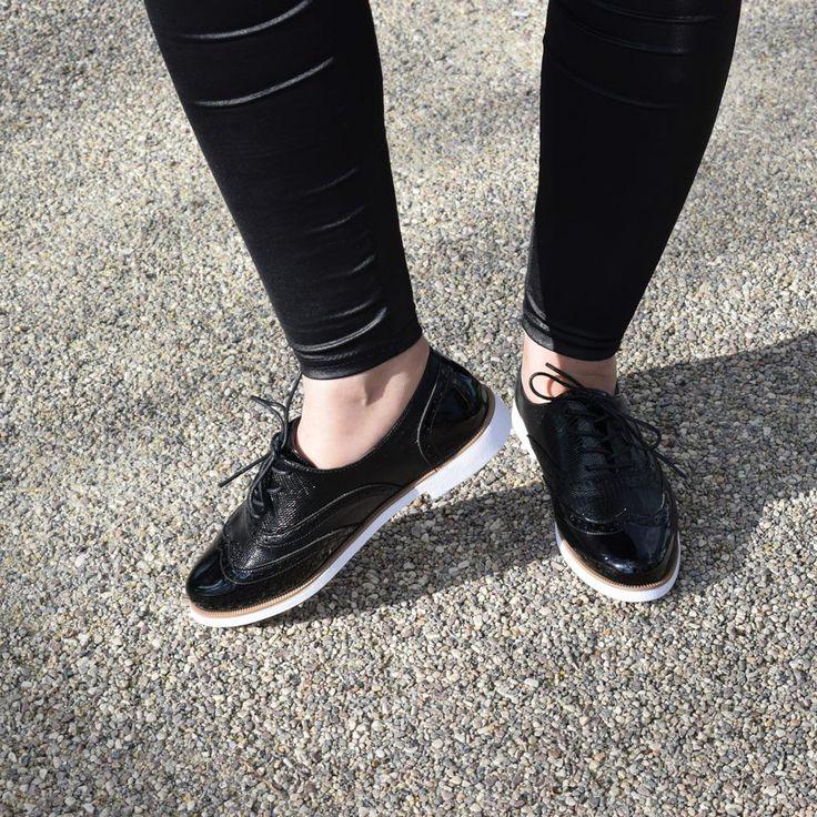 Pantofi| Pantofi dama| Pantofi dama ieftini| Pantofi dama casual| Pantofi dama office| Pantofi dama office la pret mic| Pantofi dama office primavara| Incaltaminte dama| Incaltaminte dama ieftina| Incaltaminte dama office| Incaltaminte dama la pret mic
