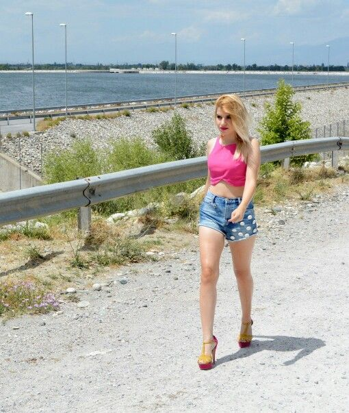 #v4fashion #zara #primadonna #heels #shorts #cropped #top