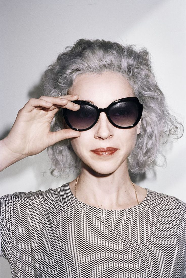 Sasha Frere-Jones: St. Vincent's Stealthy Magnificence, via The New Yorker   In an age where the guitar hero has become something of a rarity, Clark is a shredder; her solos are marvels of tone and feeling. / Photograph by Mark Peckmezian.