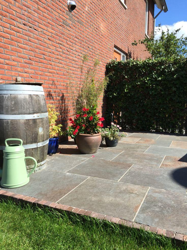 25 beste idee n over buiten tegels op pinterest buiten vloeren tegel en decoratieve tegel for Buiten patio model