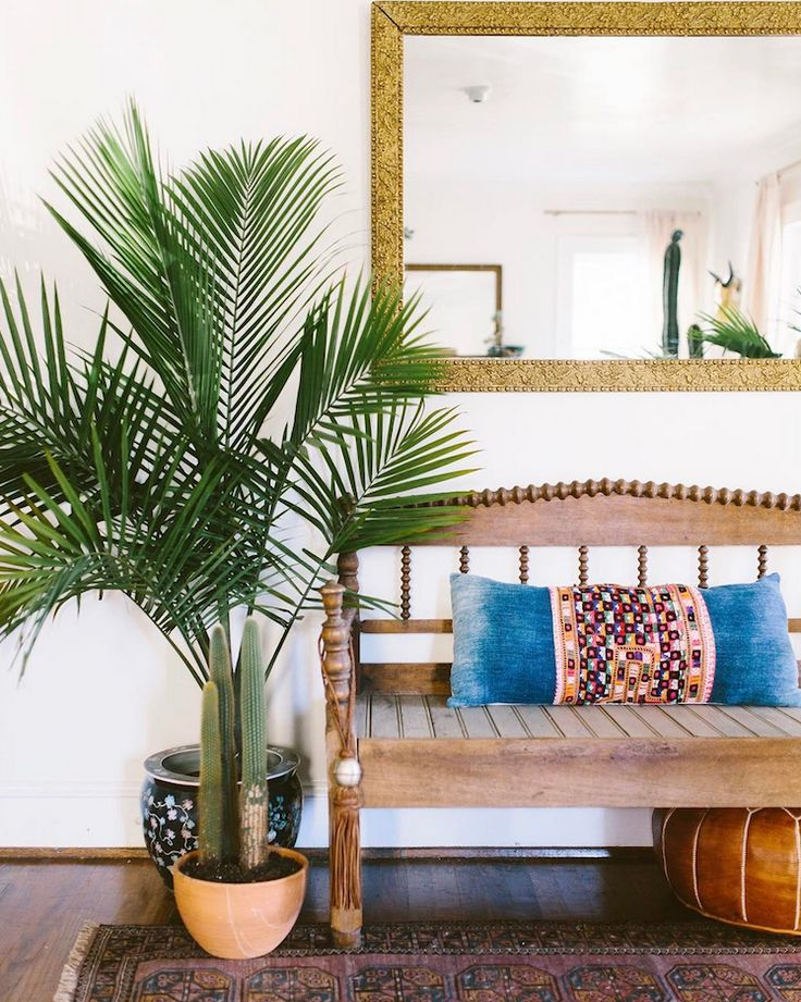 my scandinavian home: The wonderful, relaxed boho-style hallway of Carley Summers.