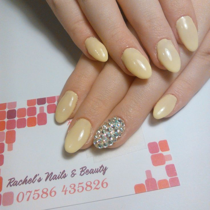 Oval Bio Sculpture Gel sculptured extensions using No. 156 Brigitte with SS9 & SS7 Swarovski Crystals in Crystal AB.