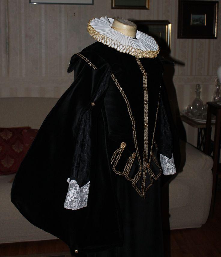 17 migliori immagini su abiti storici periodo for Stile missione spagnola