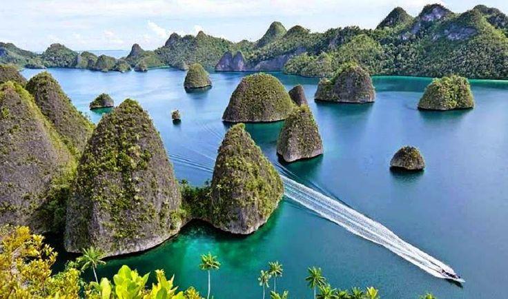 All Indonesia Destination: Wayag Island