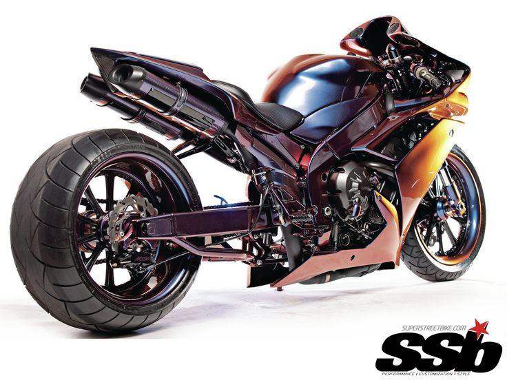 2008 Yamaha R1 | Purple People Pleaser