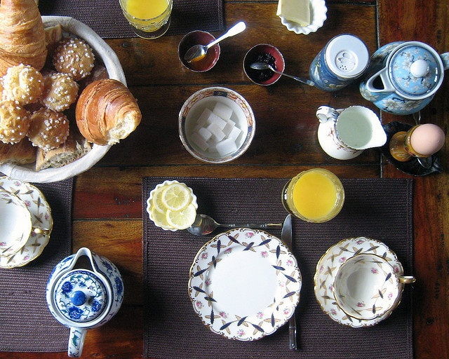 Petit déjeuner à la française...  by hamadryades, via Flickr