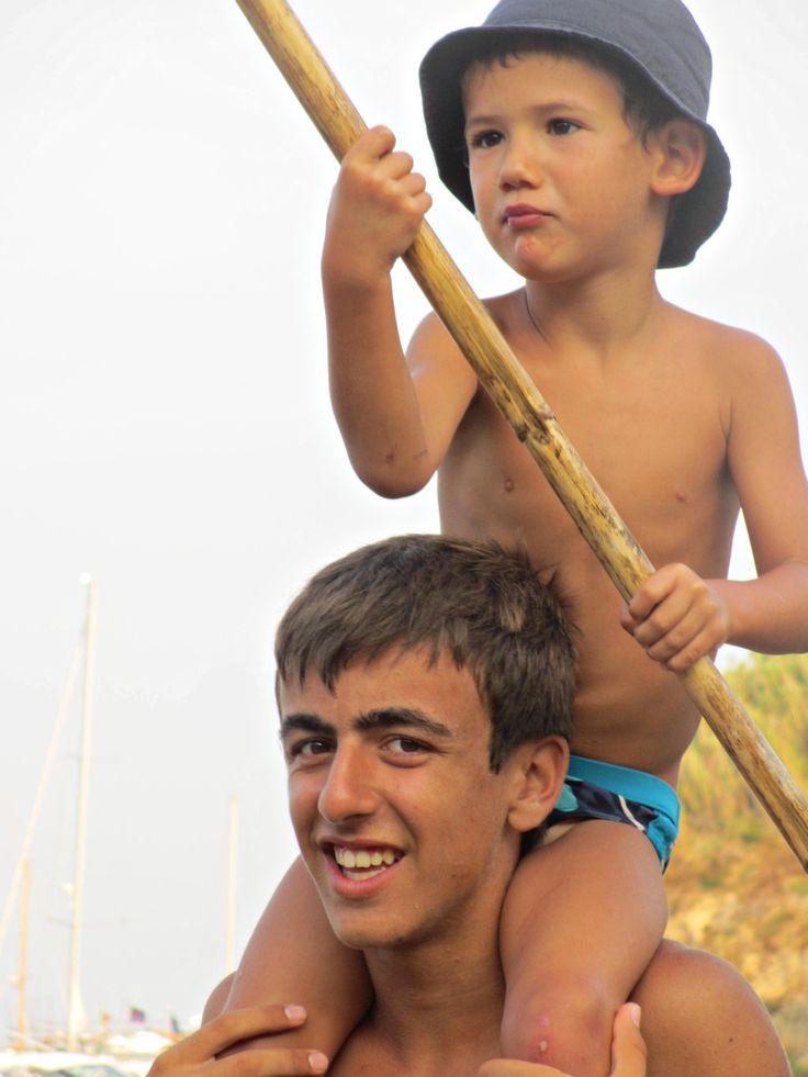 All'avventura! Francesco e Lorenzo. #estate #ragazzi #vacanze #divertimento