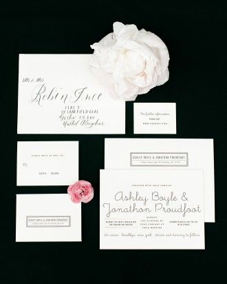 Bella Figura Letterpress designed this typeface-inspired suite, while Everly Calligraphy penned the outer envelopes in a modern script. The graphic color scheme fit the art deco-meets-modern Brooklyn wedding style.
