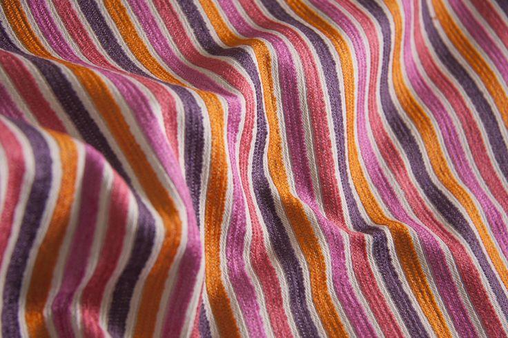 SHINE L1394 04 Склад – 75% PL, 21% AC, 4% VI, ширина – 138/140 см, вес – 480 г/м²   #interiorfabrics #джакард #тканинадлямеблів #тканидлямебели #striped #shine #textile #pink