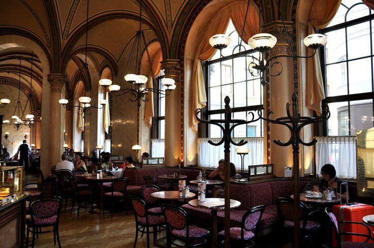 Lovely #Café Central in #Vienna. http://vintagemaedchen.de/wiener-kaffeehaus/