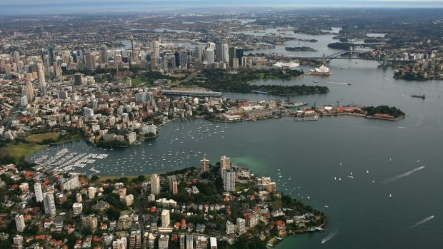 Australia's richest and poorest postcodes revealed in taxation statistics
