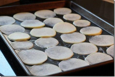 Baked Kohlrabi Chips by Daily Garnish | Veg head | Pinterest
