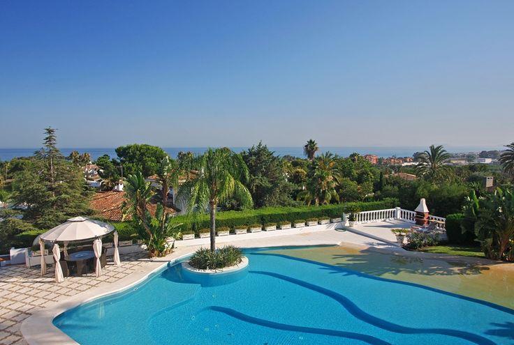 Luxury el Paraiso Villa with Indoor Pool