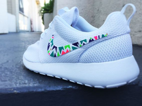 Women's Custom Roshe Nike shoe